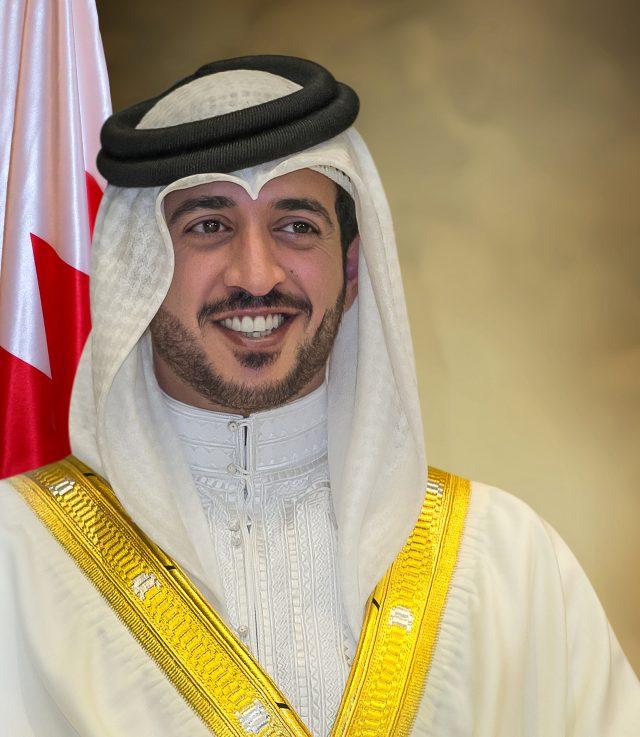 BahrainNOW.net خالد بن حمد يهنىء ناصر بن حمد بتعينه رئيسا لمجلس ادارة الشركة القابضة للنفط والغاز