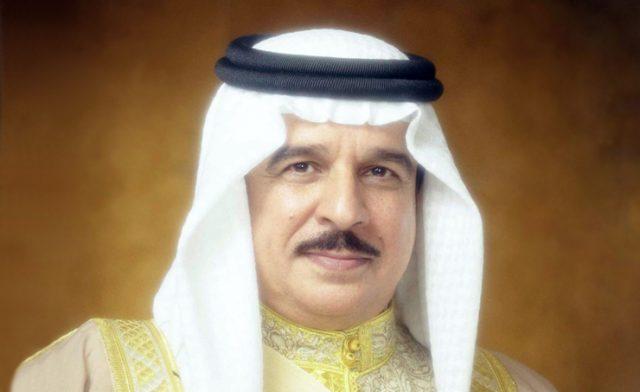 BahrainNOW.net |جلالة الملك المفدى يستقبل قاضيين في محكمة التمييز لأداء اليمين القانونية